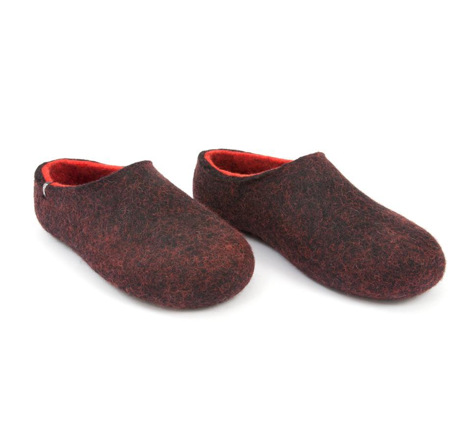 DUAL BLACK red slippers by Wooppers -d