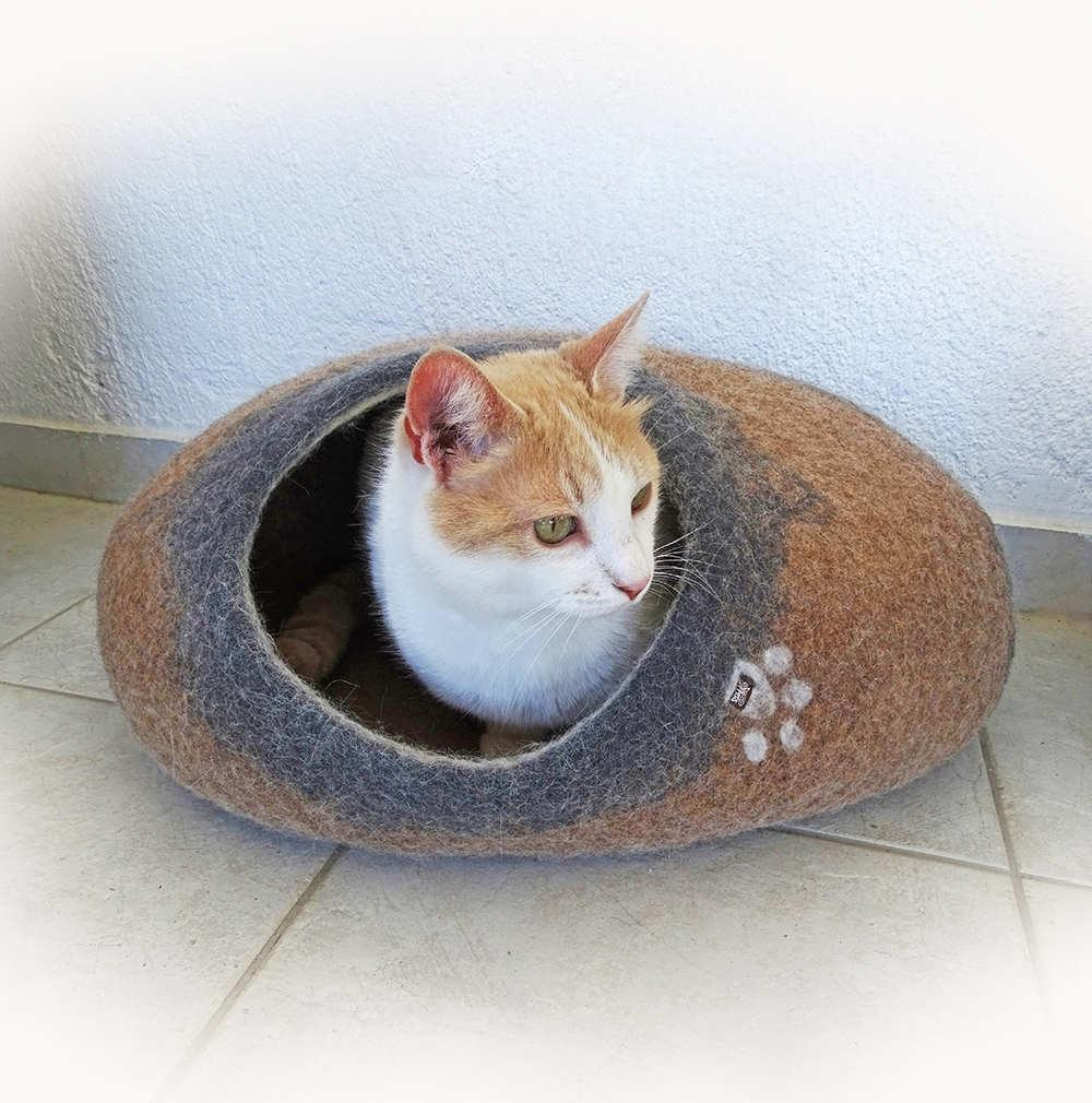 oval pet house / cat cave brown grey