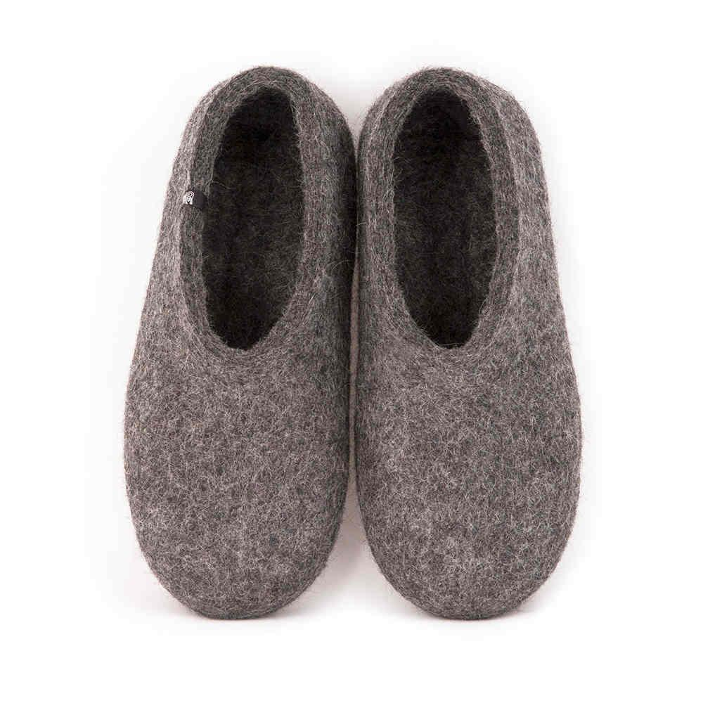 "Gray felt slippers ""BASIC"""