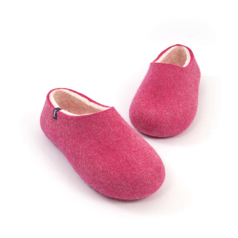 Free shipping and returns on Women's Pink Slippers at membhobbdownload-zy.ga
