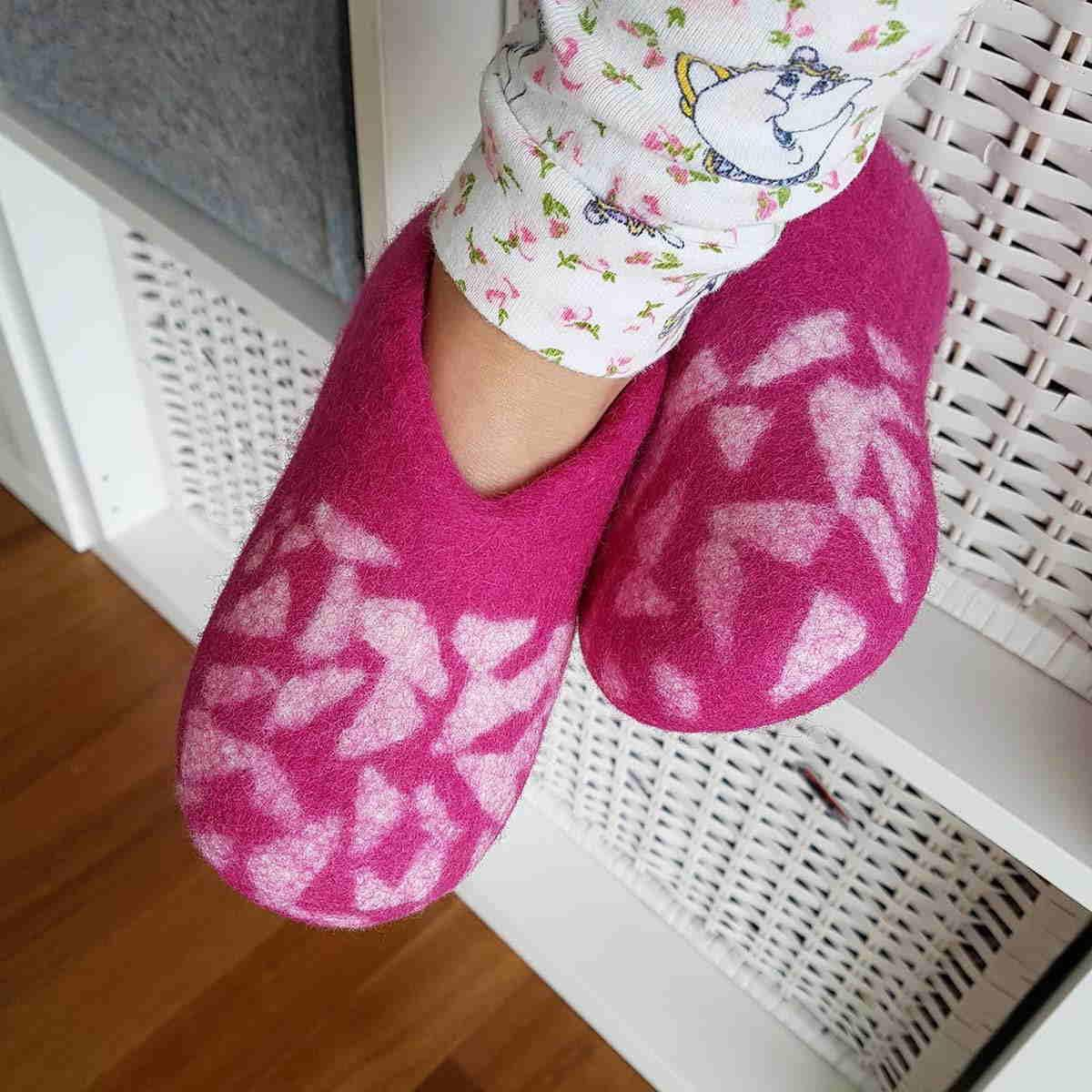 56864cc4c4be Winter slippers for kids BITS fuchsia pink - by Wooppers