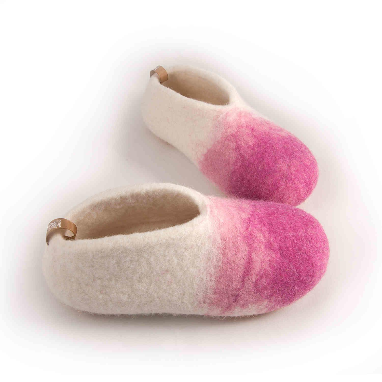 3e7590285d8 Παντόφλες παιδικές ανοιξιάτικες λευκές με ροζ από τη συλλογή DUO της ...