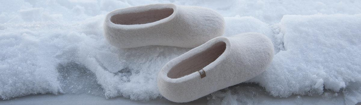 ARIA bridal white felted slippers