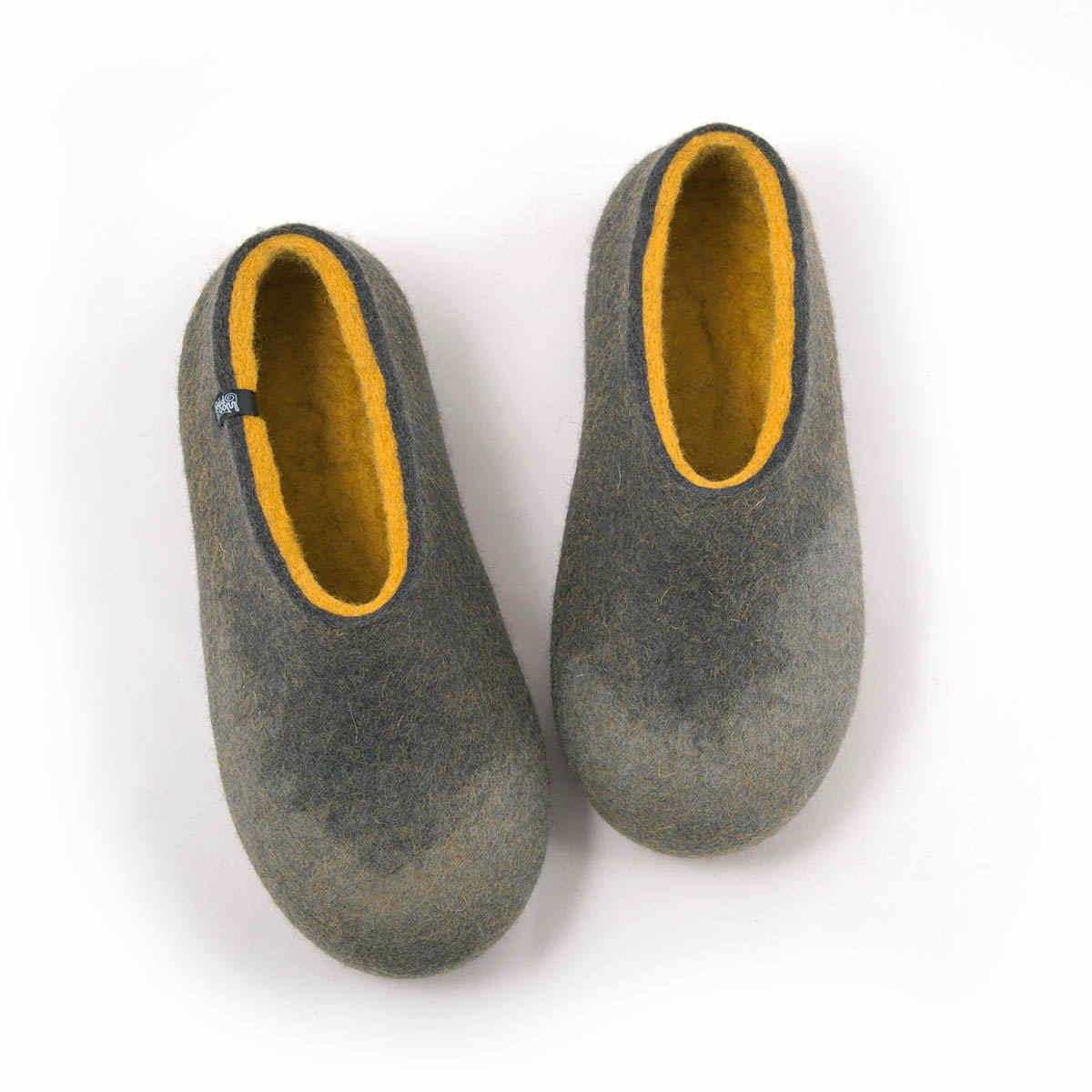 AMIGOS comfy slippers grey and mustard yellow
