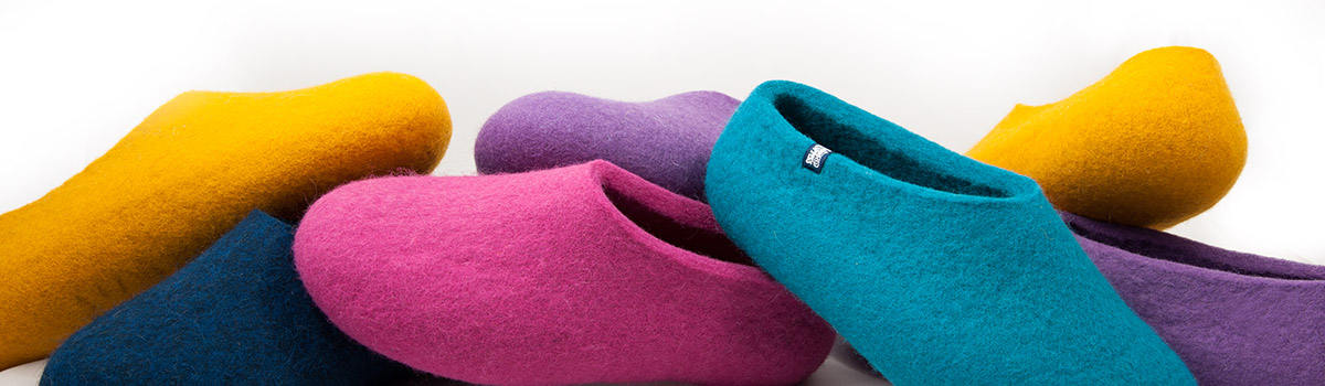 basic colors for wool felt slippers by Wooppers