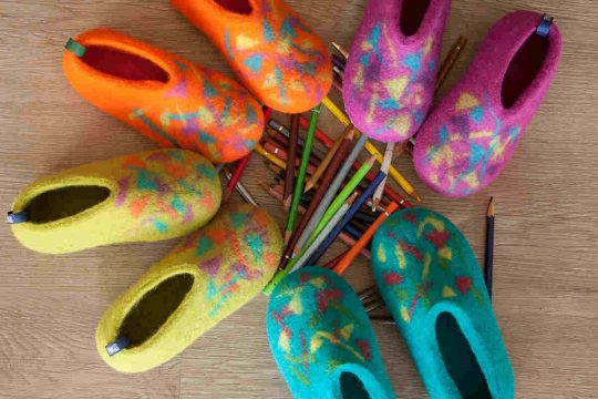 Confetti wool slippers for kids by Wooppers in four colors